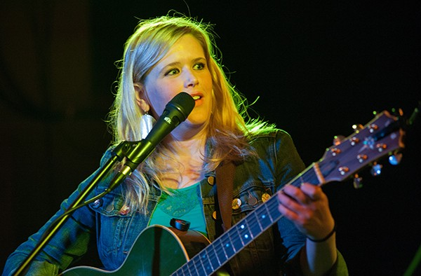 Hilary-Bridge-2014-Peterson